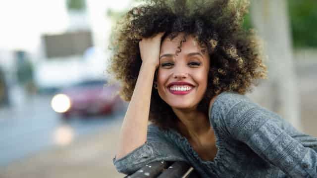 Para o cabelo encaracolado, são três os produtos naturais a preferir