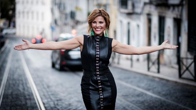 Mais loira e de cabelo curto: Eis o novo look de Sónia Araújo