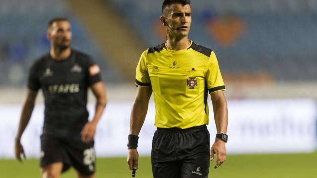 Vítor Ferreira escolhido para apitar o FC Porto-Chaves