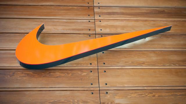 Após polémica Kaepernick e apesar de boicote, Nike aumenta vendas