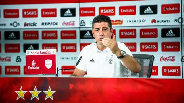 Acompanhe a conferência de imprensa de Rui Vitória