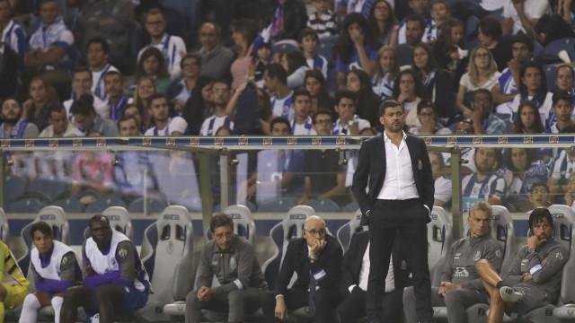 Sérgio Conceição é expulso ao intervalo do FC Porto-Chaves