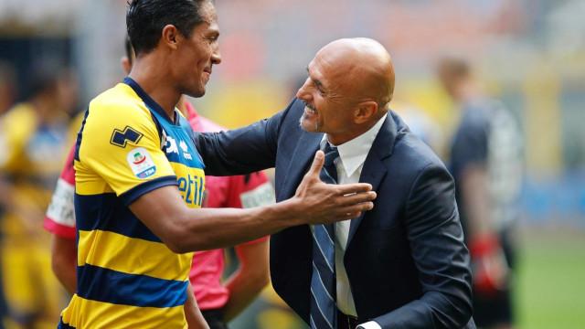 Bruno Alves leva a melhor sobre João Mário na Serie A
