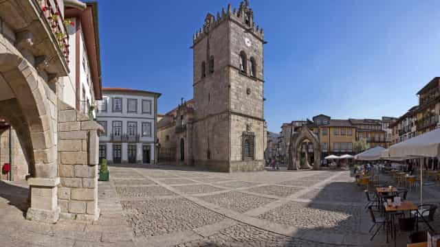 Relógio da Basílica em Guimarães já funciona