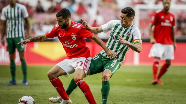 [1-0] Golo de Salvio vai dando vantagem ao Benfica