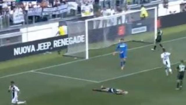 Ronaldo em dose dupla: Craque português bisou diante do Sassuolo