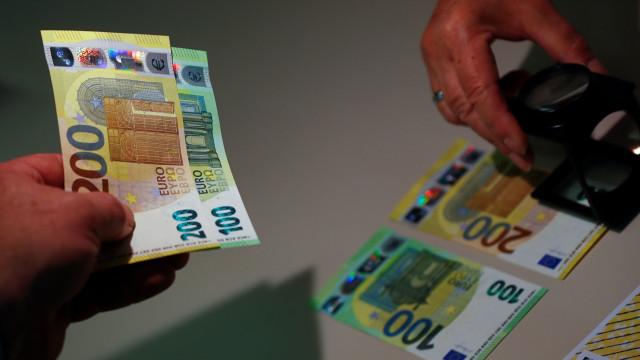 Novas notas de 100 e 200 euros entram em circulação a partir de maio
