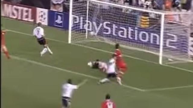 Há 16 anos, Aimar mostrou-se ao mundo com esta maravilha de golo