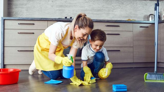 Obesidade infantil e produtos de limpeza. Que relações se apontam?