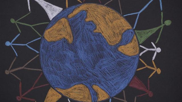 """'Abraçar a Paz', um livro com """"pistas inspiradoras"""""""