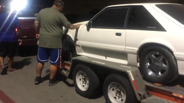 Vendeu carro após descobrir que mulher tinha cancro. Agora recuperou-o