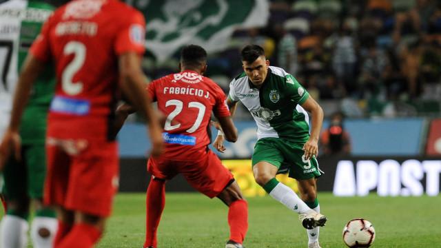 Leão em sarilhos: Racing ameaça ir à FIFA por Acuña