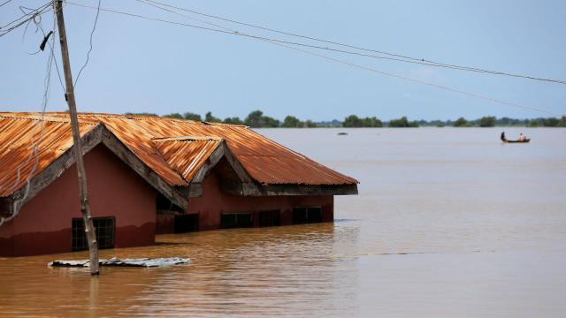 Chuvas na Nigéria causam pelo menos 100 mortos