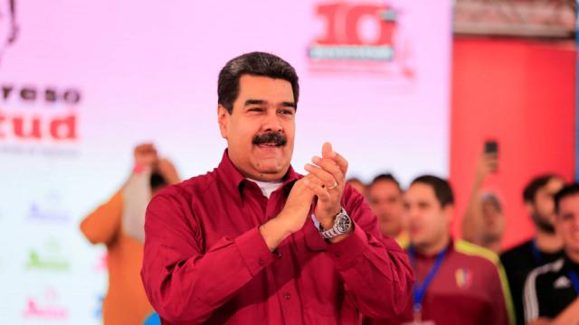 Banquete de luxo na Turquia motiva críticas a Nicolás Maduro