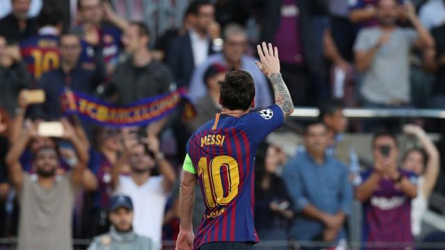 Messi ultrapassou marca de Ronaldo na Champions com mais um hat-trick