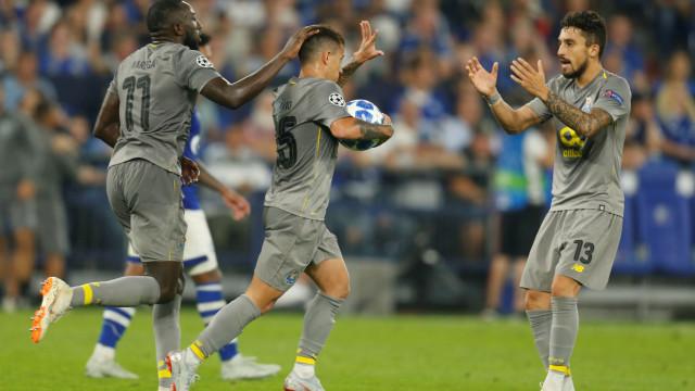"""FC Porto vence com """"penálti fantasma"""". Espanhóis não perdoam Gil Manzano"""