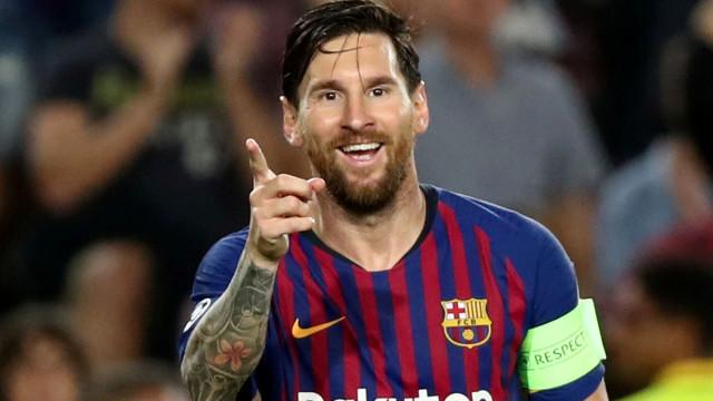 Messi supera Ronaldo e estabelece novo recorde