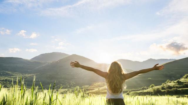 """""""A felicidade permanente existe"""". Fomos tentar perceber o segredo"""