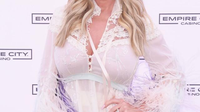 A primeira foto de Kim Zolciak-Biermann após redução mamária