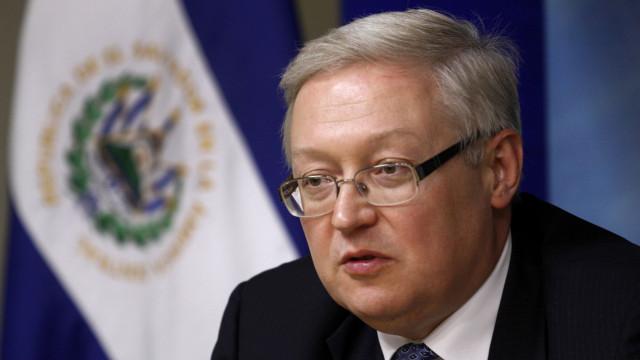 """Retirada dos EUA do acordo nuclear é """"passo muito perigoso"""", avisa Rússia"""