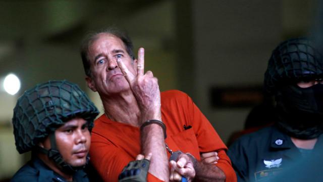 Cineasta australiano condenado no Camboja recebe perdão