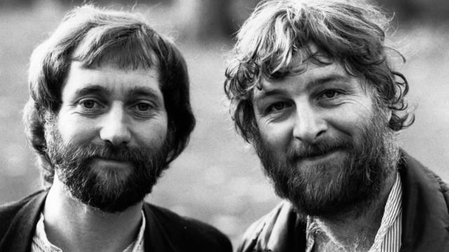Morreu Chas Hodges, da banda 'Chas and Dave'