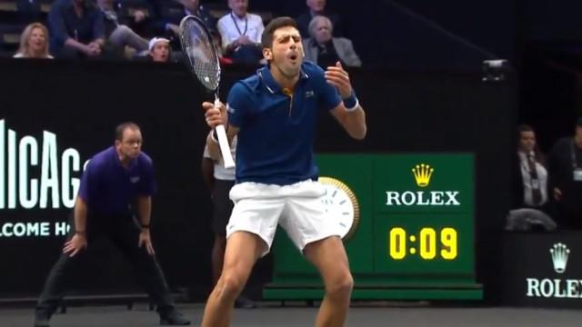 """Djokovic acerta em cheio nas costas de Federer: """"Até o meu coração parou"""""""