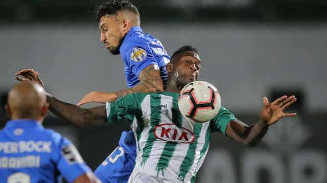 [0-1] Joga-se a 2.ª parte do V. Setúbal-FC Porto