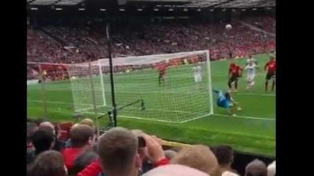 Foi assim que Old Trafford viu esta fantástica defesa de Rui Patrício