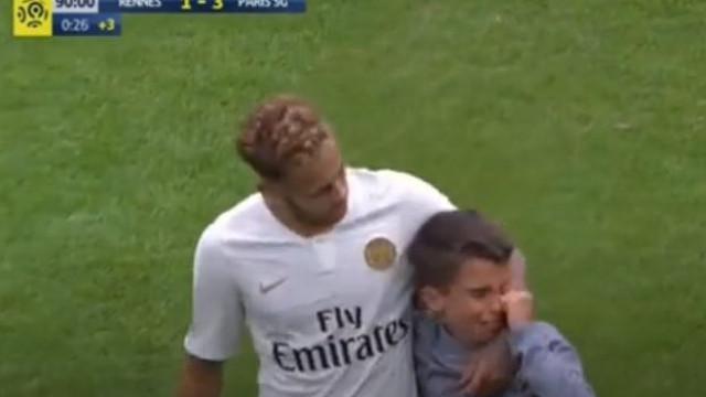 Neymar e o momento que está a tocar os adeptos em França