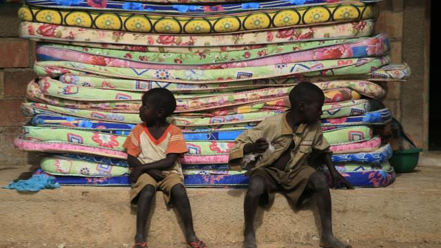 Mais de dois milhões de crianças angolanas estão sem acesso ao ensino