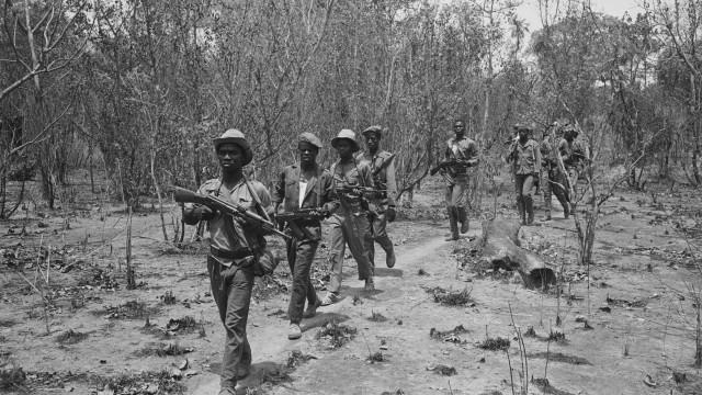 Angola paga pensões a 167 mil ex-militares, viúvas e órfãos de soldados