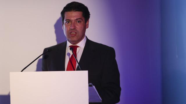 """Governo considera """"realista novos pagamentos antecipados ao FMI"""""""