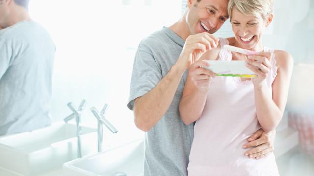 Na tentativa de engravidar, sabe com que frequência deve ter relações?
