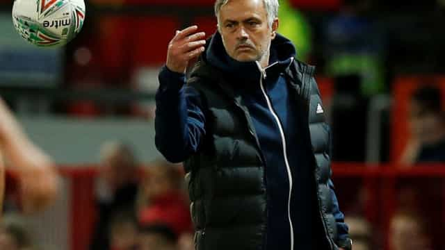 """Mourinho: """"As pessoas não sabem o que se passava nos bastidores..."""""""