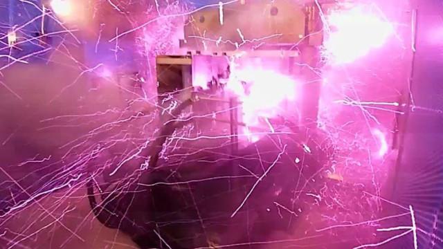 Investigadores explodem laboratório com campo magnético de nível recorde
