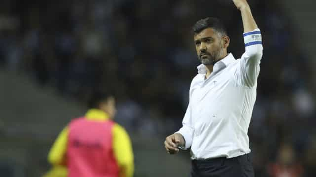 FC Porto-Nacional: Conceição surpreende com novidade na defesa