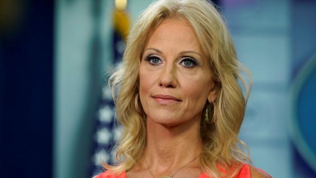 Conselheira de Trump diz que foi agredida num restaurante