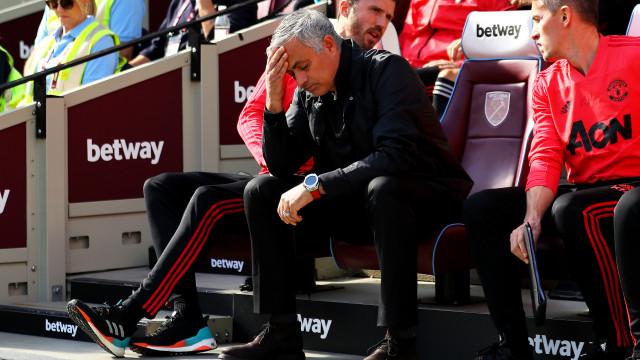 Crise no United: Ingleses dizem que Zidane já ligou... a Mourinho