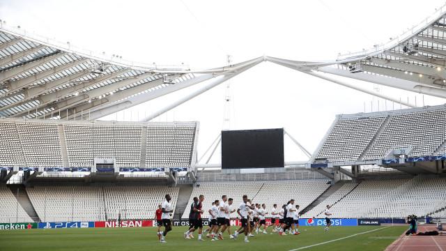 AEK-Benfica: O dia de 'matar o borrego' em solo divino