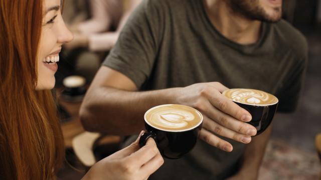O leitor perguntou: Afinal qual é a melhor altura do dia para beber café?