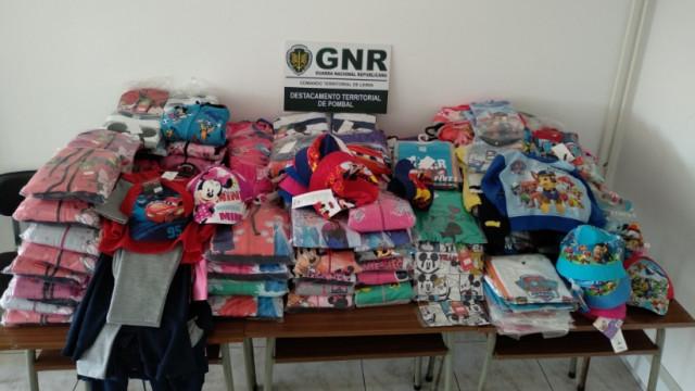 GNR apreende mais de 300 peças de roupa a feirante de Louriçal