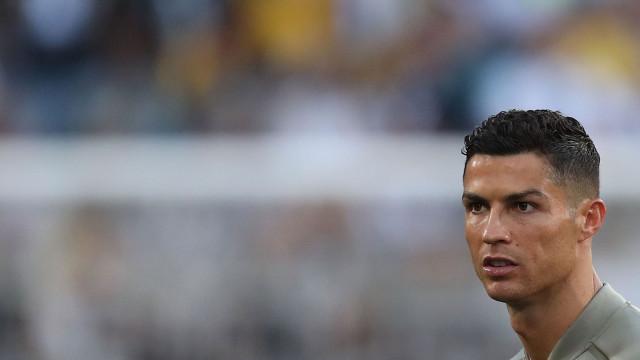 Reveladas imagens de Ronaldo com mulher em noite de alegada violação