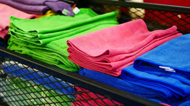 Homem furta 750 toalhas em armazém de Espinho