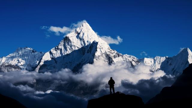 Rumo ao desconhecido! Procuram-se aventureiros para viagem mistério