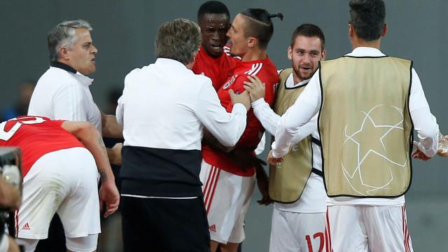 Um herói improvável salvou um Benfica capaz do melhor... e do pior