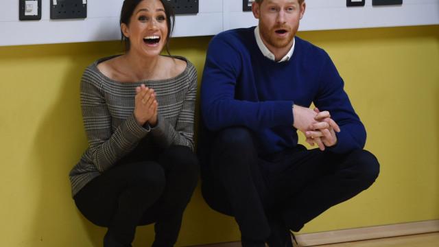 Meghan Markle está grávida. Palácio real confirma