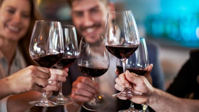 Um copo de vinho por dia, sim, mas só nestas condições