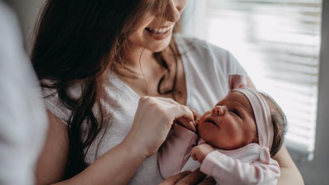 Presentes para o bebé? Ou não: 5 coisas para oferecer a uma recém-mamã