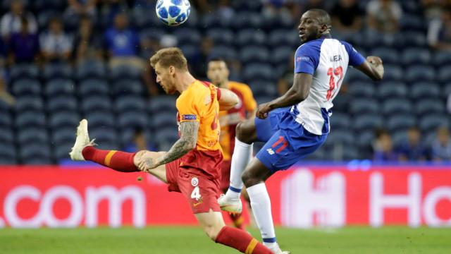 [1-0] FC Porto-Galatasaray: Marega inaugura o marcador no Dragão